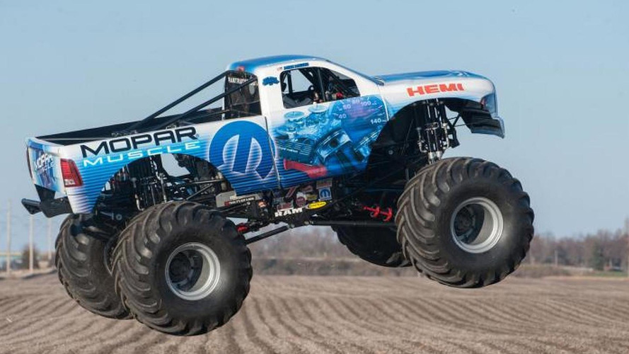 Mopar Muscle monster truck revealed, based on the 2014 Ram Heavy Duty