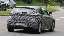 Next-generation Toyota Auris spy photo