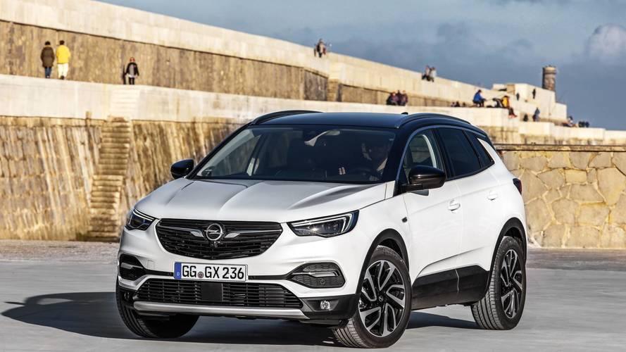 Opel Grandland X Ultimate ile İspanya bir başka