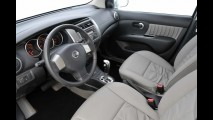 Nissan lança oficialmente o monovolume Grand Livina de 7 lugares por R$ 54.890