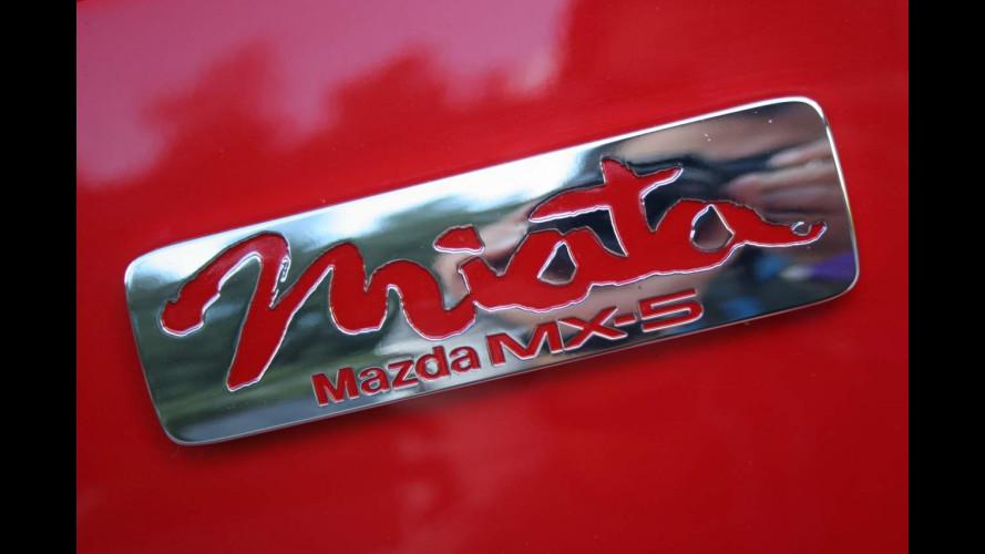 Mazda MX-5 Parade 2010: la magica sigla