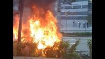 Ferrari F430 Spider arde em chamas em Cingapura - Será que o dono fez o Recall?