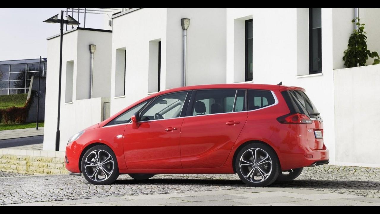 Opel Zafira Tourer BiTurbo é a van compacta de sete lugares a diesel mais rápida do mundo