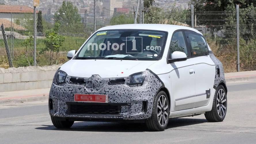 La Renault Twingo restylée surprise par les photographes espion