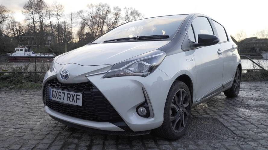 Toyota Yaris Hybrid 1.5 VVT-i Hybrid CVT White Bi-tone: Living with it