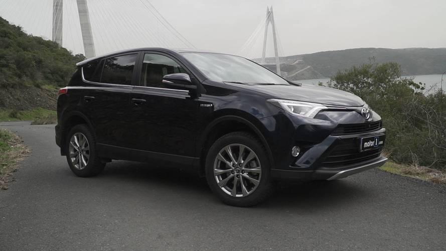 2017 Toyota RAV4 Hybrid Premium Plus Navi | Neden Almalı?