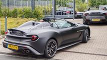 Aston Martin Vanquish Zagato Speedster casus fotoğraflar