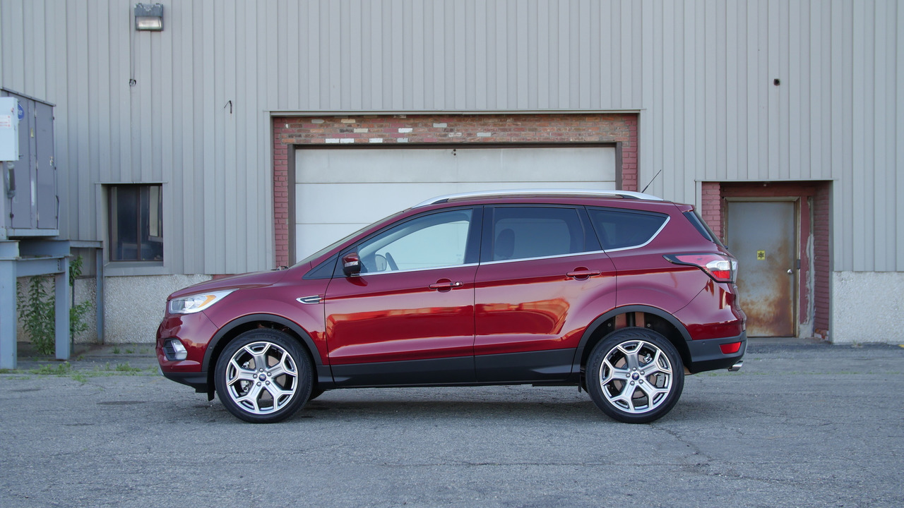 2017 Ford Escape | Why Buy? Headliner