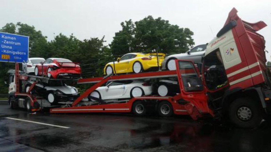 Porsche Cayman GT4 Transporter Crash