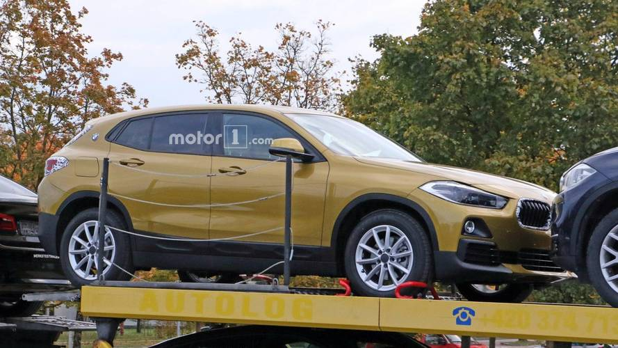 Le BMW X2 tombe les camouflages !