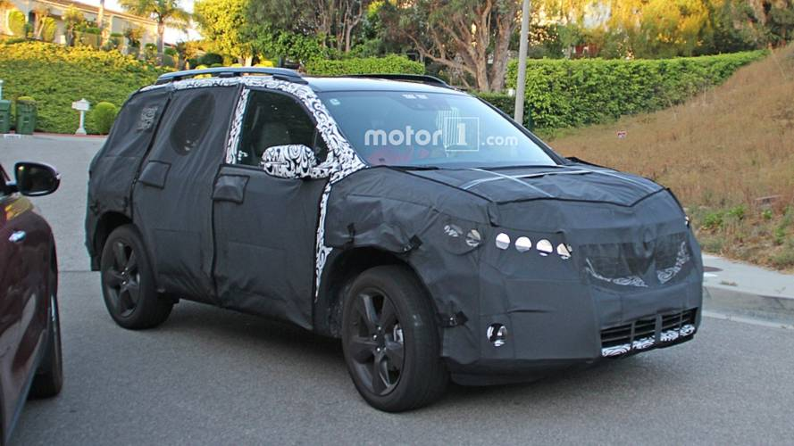 Yeni Honda Passport SUV'sinin Casus Fotoğrafları
