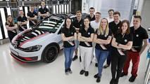 Volkswagen Stajyerlerinin Hazırladığı İki Adet Modifiyeli Golf