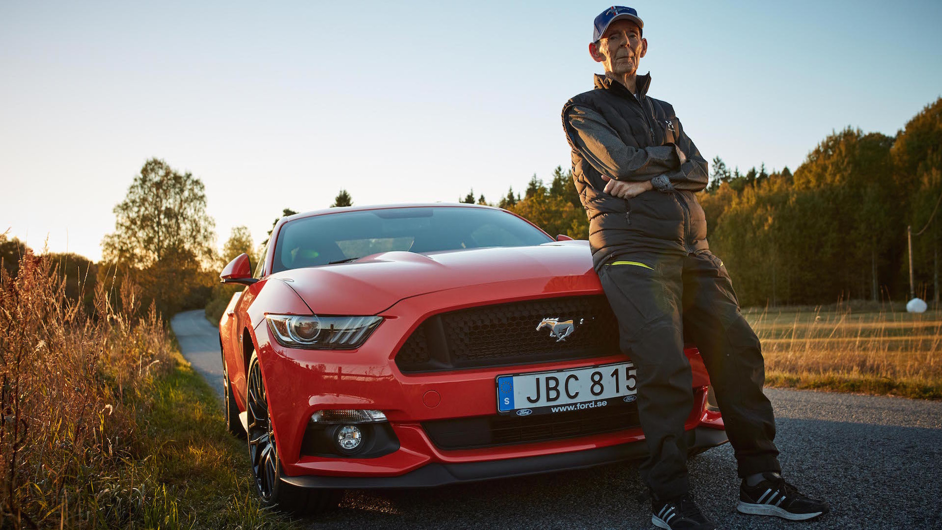 World\'s oldest Mustang GT driver is 97 years old