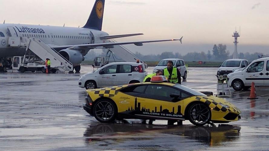 Lamborghini Huracan, Bologna havalimanında göreve hazır