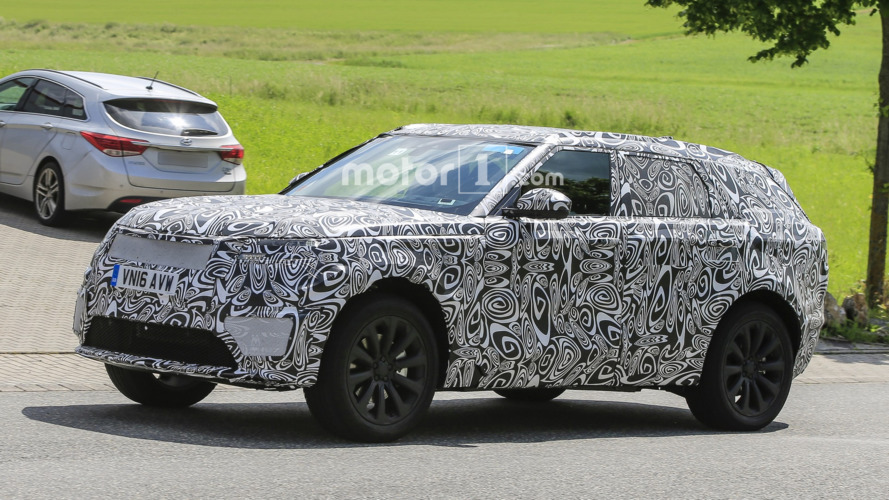 Range Rover Sport Coupe returns in new spy photos