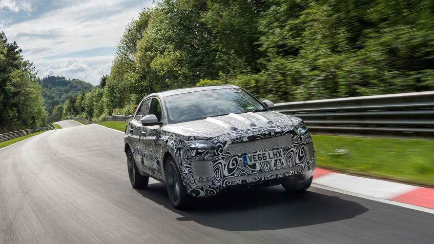 Jaguar E-Pace'in zorlu gelişim programına bir göz atın