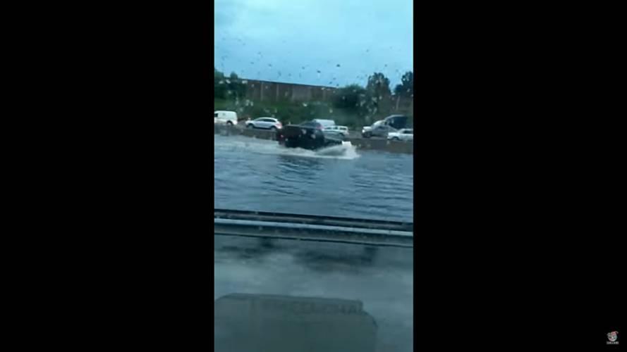 Ferrari California in flood