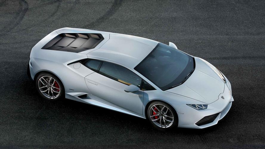 Lamborghini Huracan yönlendirilebilir arka aksa kavuşabilir