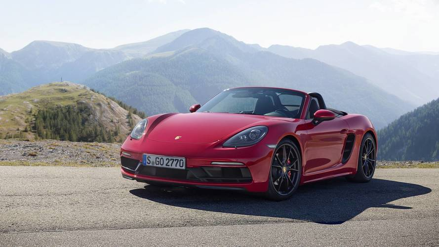 Porsche workers to walk out at Zuffenhausen factory over pay