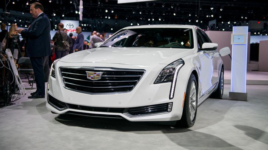 Los Angeles 2016 -  La Cadillac CT6 passe à l'hybride