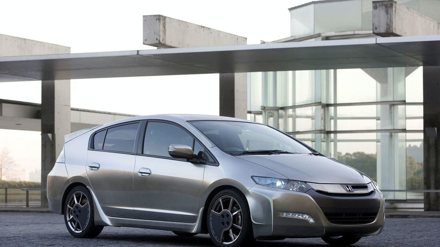 Honda Insight Sports Modulo Concept, Freed and Life Styling Concepts Ready for 2010 Tokyo Auto Salon