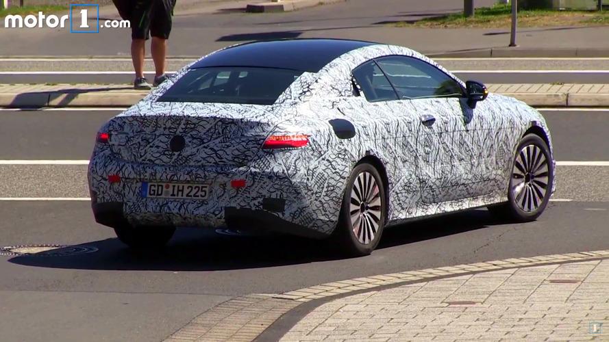VIDÉO - La prochaine Mercedes Classe E Coupé s'attaque au Nürburgring