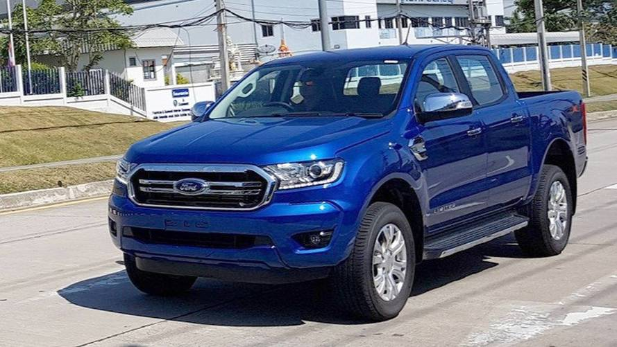 Flagra - Ford Ranger 2019 aparece com nova frente