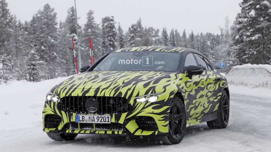 Mercedes-AMG GT Coupe yeni casus fotoğraflar