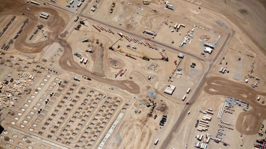 Tesla GigaFactory, la super-fabbrica di batterie per auto
