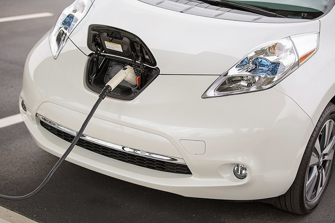 Startup Developing Batteries to Charge Electric Cars in Minutes