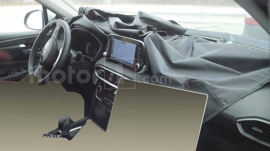 Flagra - Hyundai Santa Fe 2019 mostra o interior antes da estreia