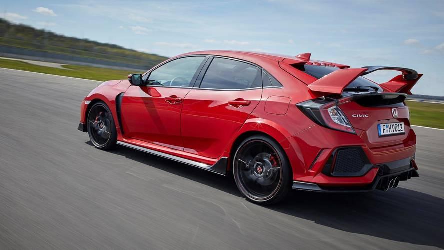 Ofertas 2018: 5 coches baratos, con 300 CV de potencia... o más