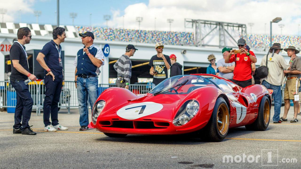 KVC - Ferrari P4