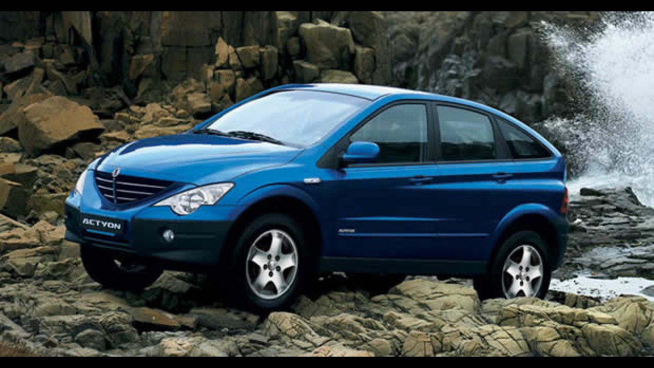 Crossover SsangYong Actyon ganha opção com motor à gasolina por R$ 79.900