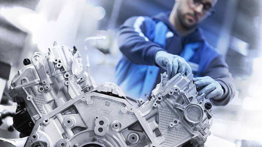 Watch How It's Made: BMW's Biturbo 4.4-liter V8 Engine For M850i