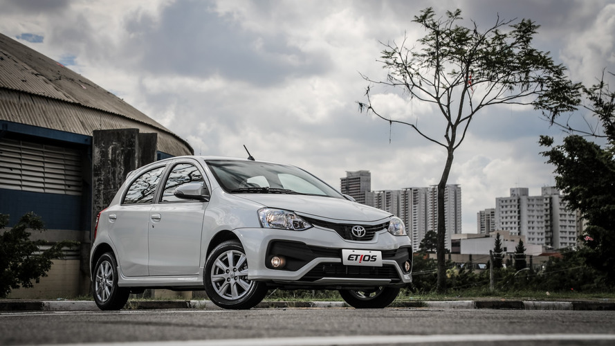 Mais vendidos na Argentina – Toyota surpreende com Etios e Hilux na ponta