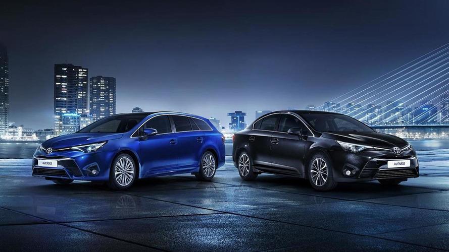 Toyota Avensis'in üretimi düşük talep yüzünden durduruldu