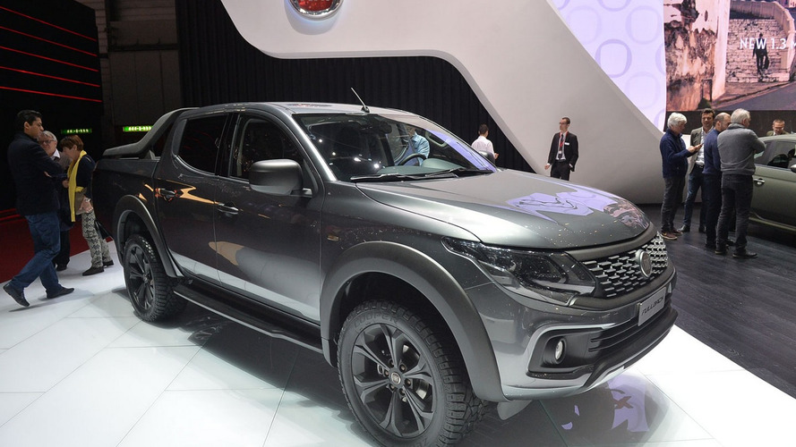 Fiat Fullback show car unveiled in Geneva