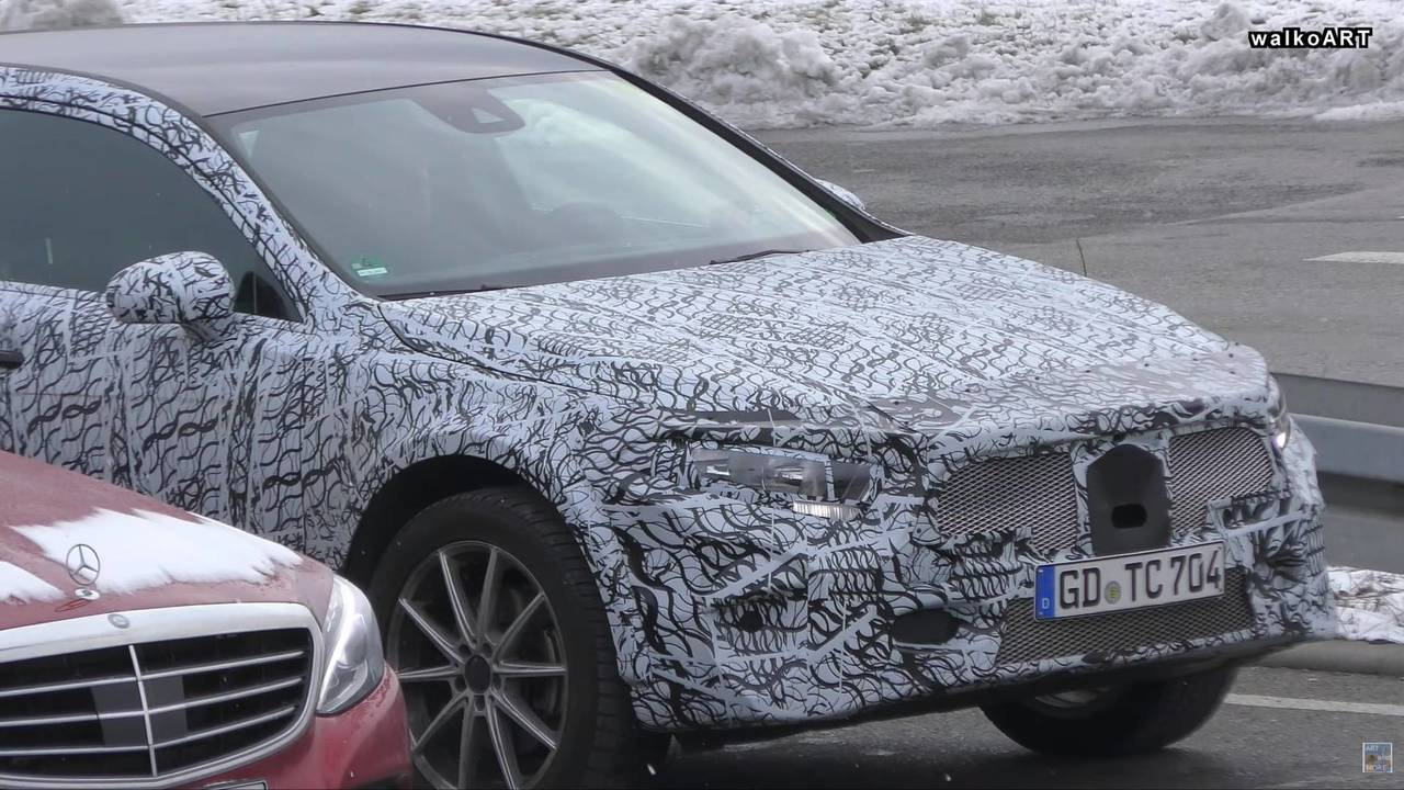 2020 Mercedes GLA casus görüntüler