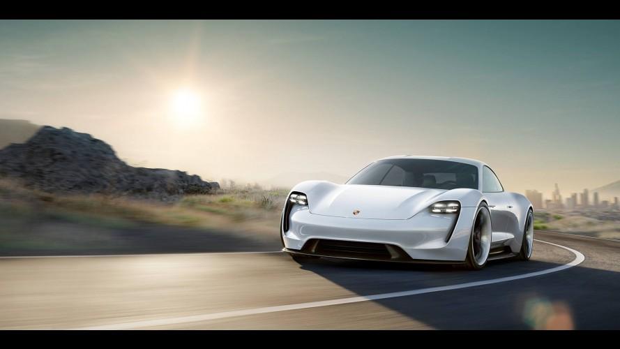 Porsche 600 Beygir Gücündeki Elektrikli Otomobili Mission E'yi Tanıttı
