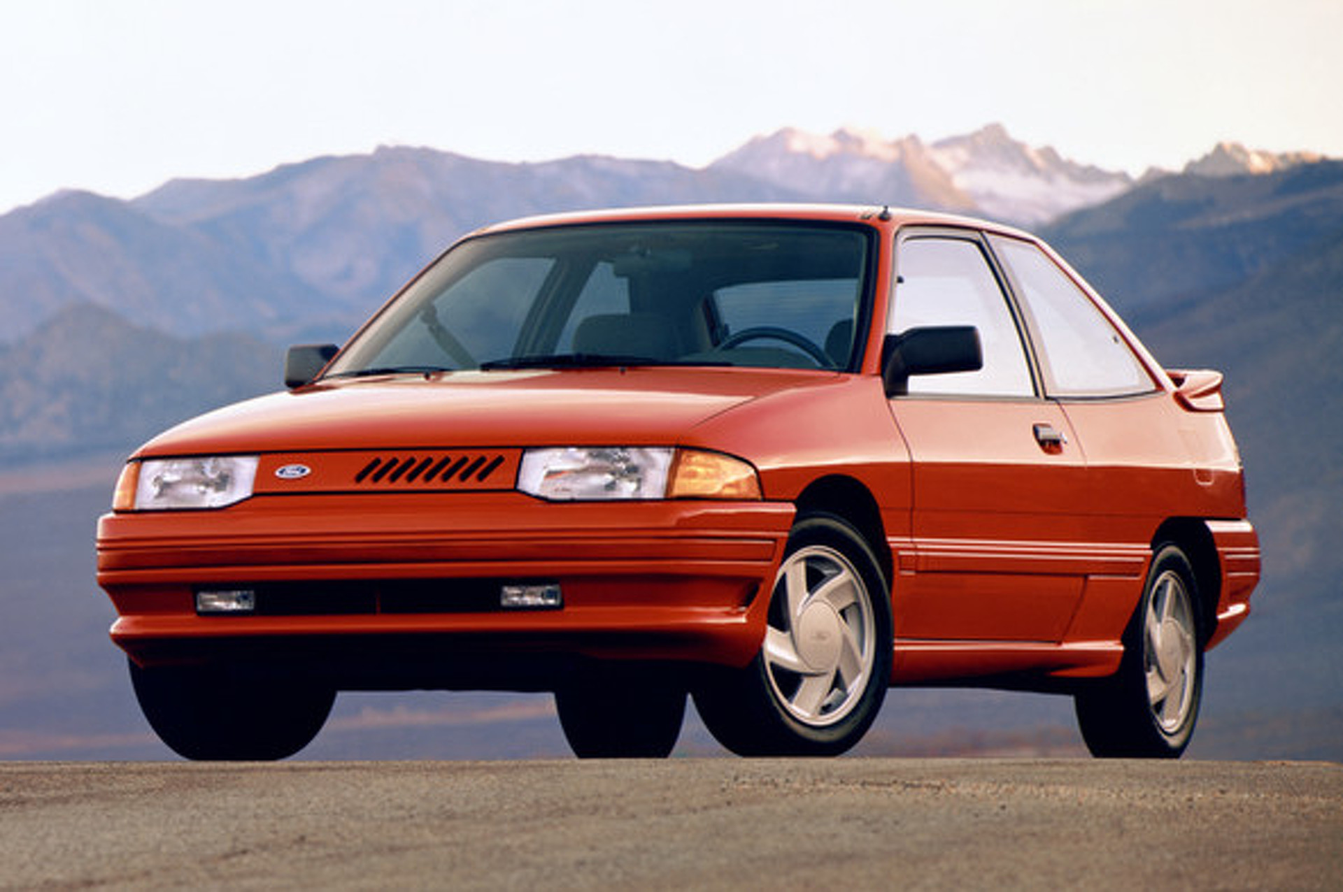 1991 Ford Escort GT May Not Have Power, But is Corny Beyond its Years [video]