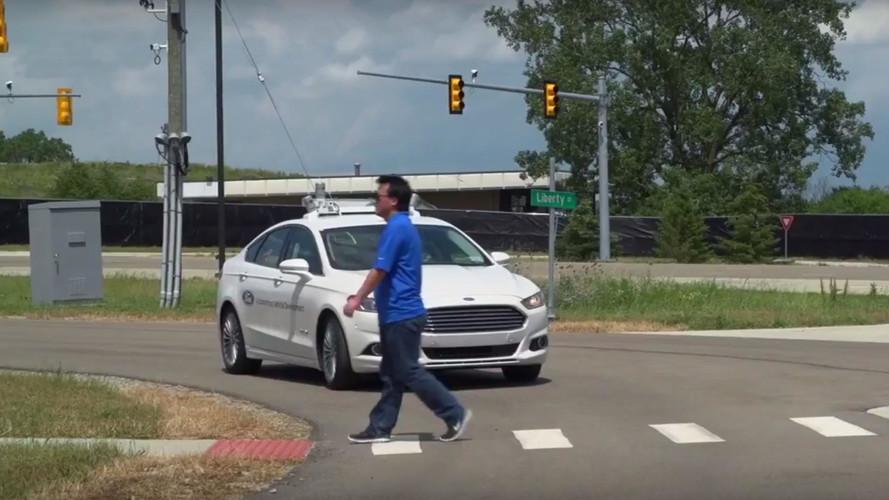 A Ford CEO-ja szerint csak az okosautóknak van jövője a piacon