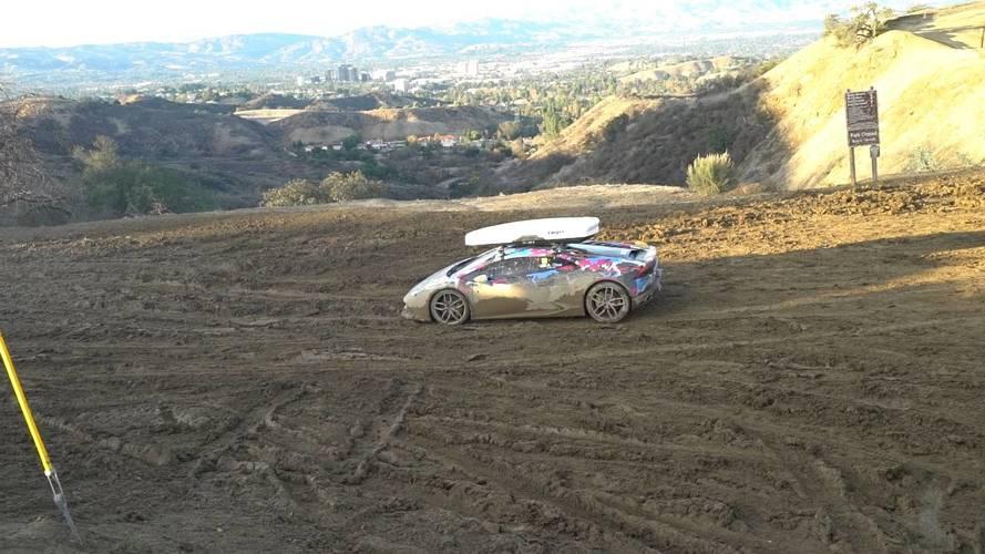 Off-road környezetben is helytállt a 800 lóerős Lamborghini Huracán