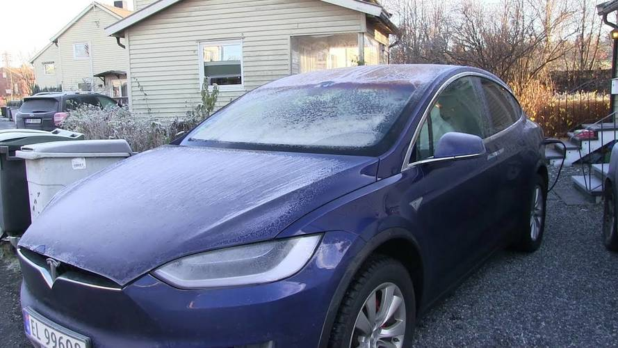 Tesla Model X soğuk havaya karşı