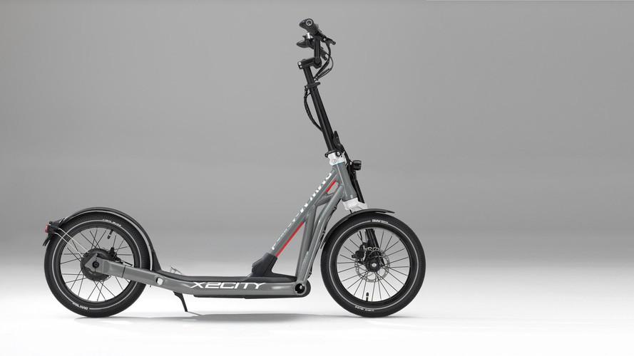 BMW'nin elektrikli scooter'ı: X2City