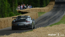 Porsche 911 GT2 RS - Goodwood 2017