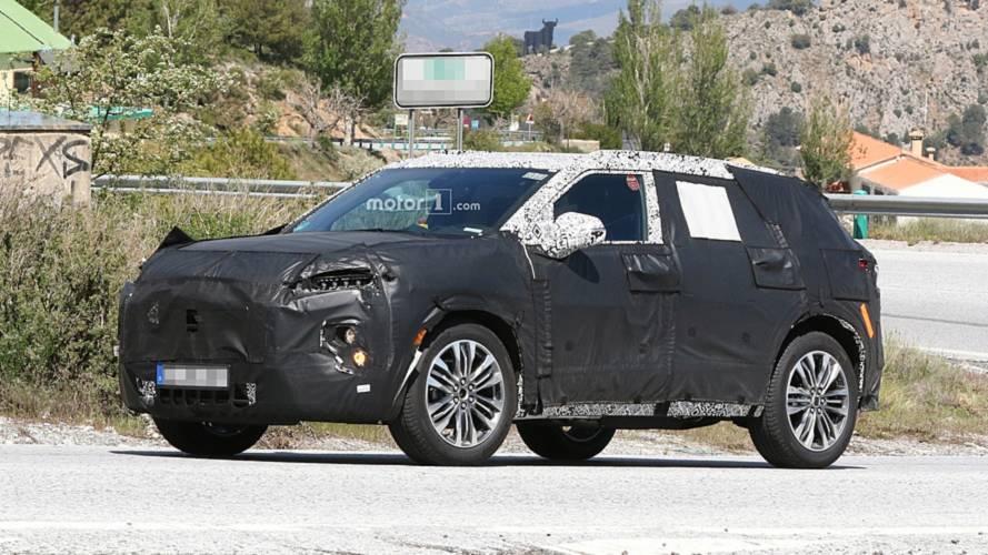 Flagra: Chevrolet Blazer já mostra os novos faróis de LED