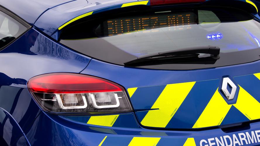 Il appelle la gendarmerie pour dépanner la voiture qu'il vient de voler !