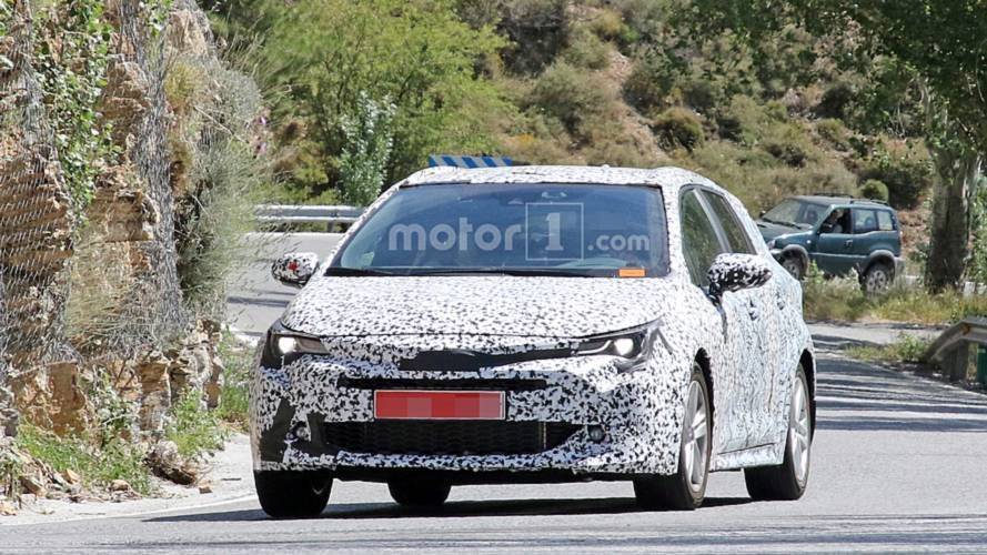 2019 Toyota Auris Touring Sports Wagon nouvelles photos espion