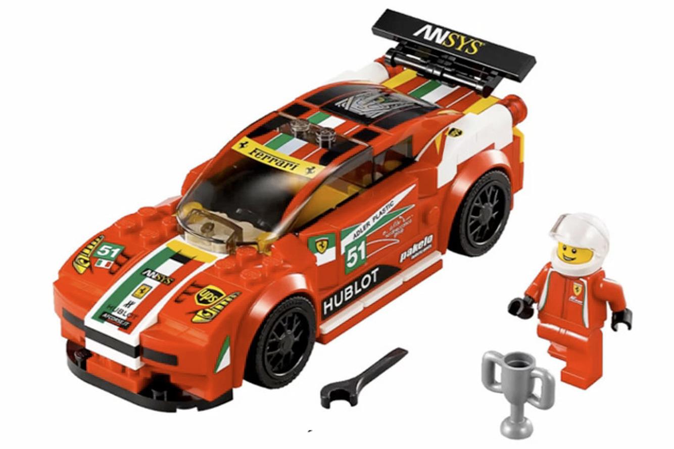 Porsche 918, McLaren P1 and LaFerrari become LEGO Sets